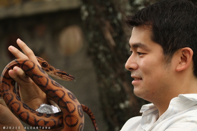 Gary and pet snake  © Jojie Alcantara