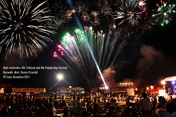 Mati celebrates 4th Citihood and 8th Pujada Bay Festival with a culmination of fireworks and concert at the Baywalk