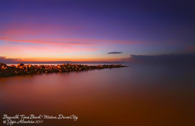 Sunrise at Baywalk by Jojie Alcantara