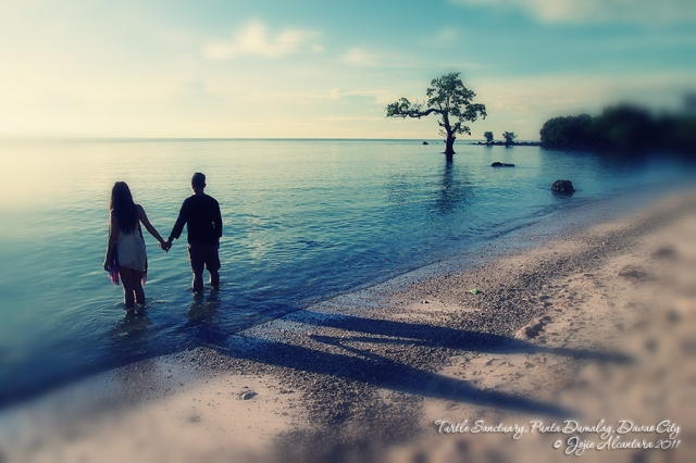 Couple in Punta Dumalag