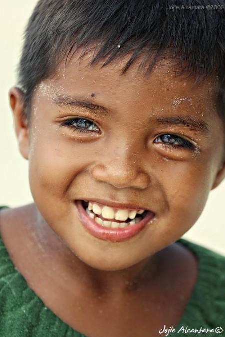 A child's smile © Jojie Alcantara