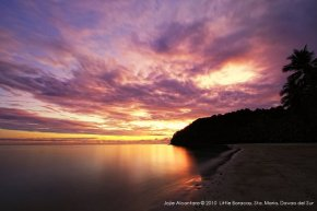 Little Boracay at sunset © Jojie Alcantara 2010