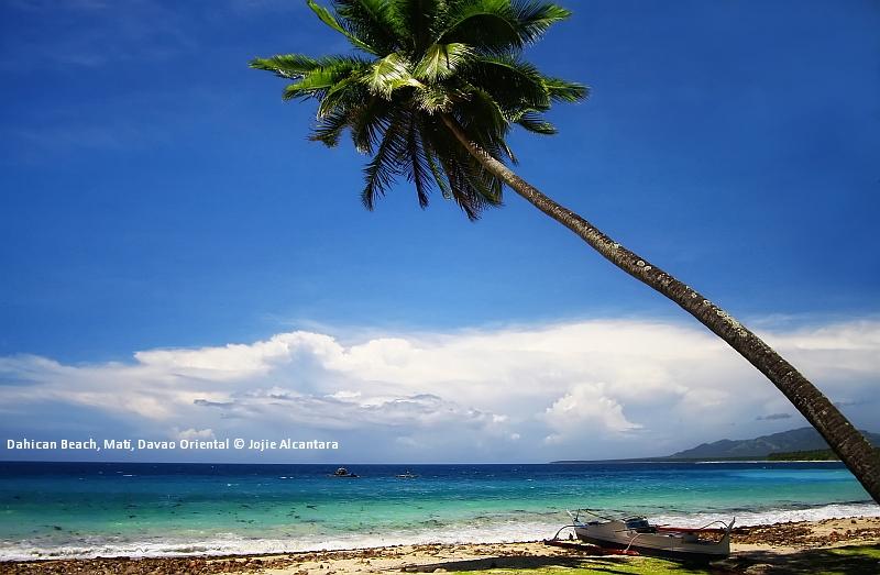 Dahican Beach, Mati, Davao Oriental © Jojie Alcantara