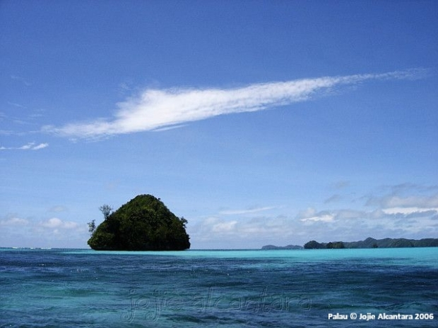 Rock Islands © Jojie Alcantara