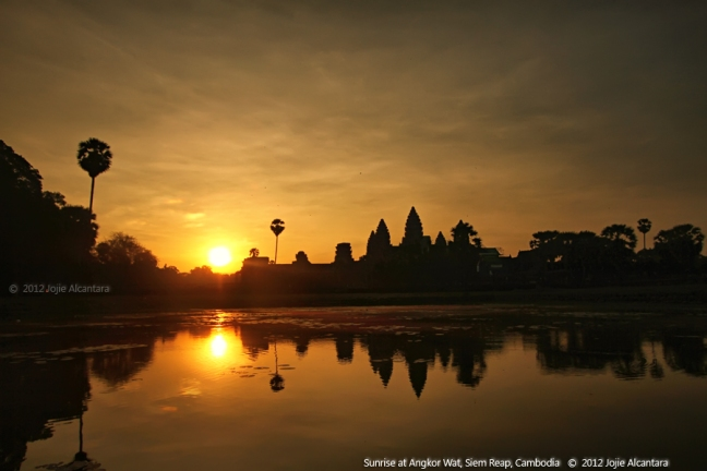 Sunrise at Angkor Wat © Jojie Alcantara