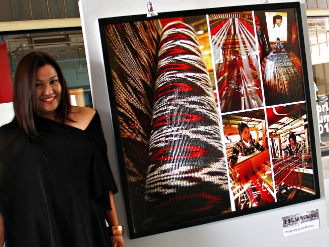 Jojie Alcantara in Bravo Filipino! photo exhibit, Manila 2010