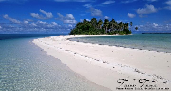 Panam Pangan Island by Jojie Alcantara