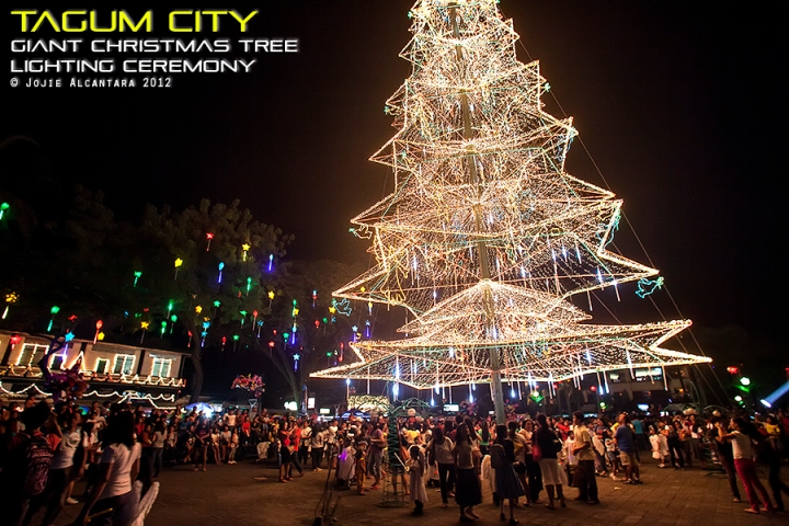 Tagum's Giant Christmas Tree lights up the sky