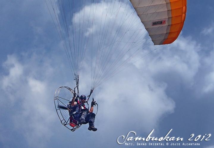 Paramotor glider |  Jojie Alcantara