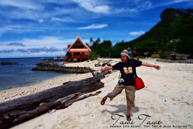 Jojie Alcantara in Sandbar Lepa Resort, Tawi Tawi