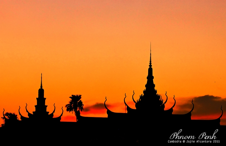 Royal Palace at Sunset  © Jojie Alcantara 2011