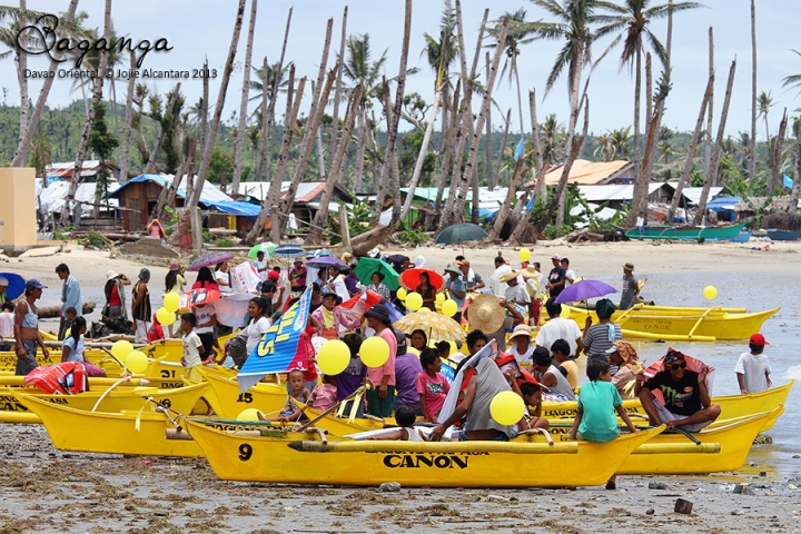Yellow boats of hope foundation gives to families