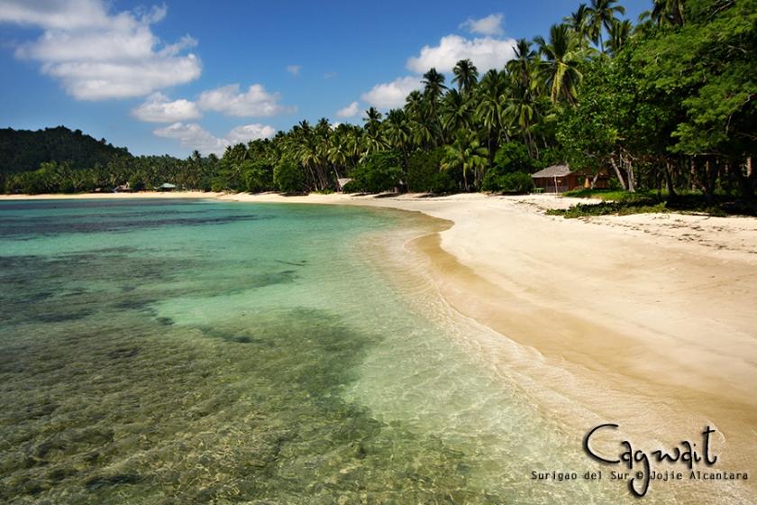 Cagwait Beach, Surigao del Sur © Jojie Alcantara