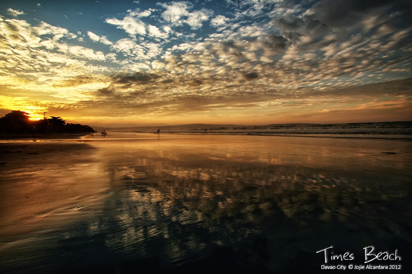 Sunrise in Times Beach, Davao City © Jojie Alcantara 2012