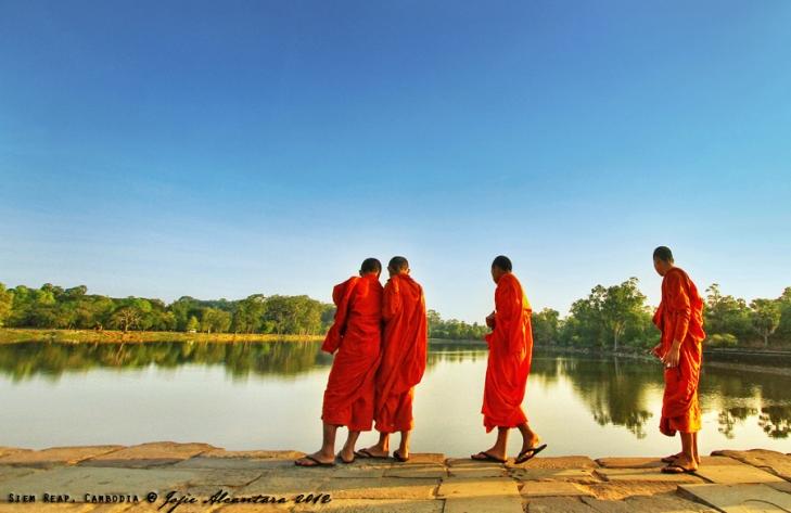 Monks in Angkor Wat, Siem Reap, Cambodia   © Jojie Alcantara