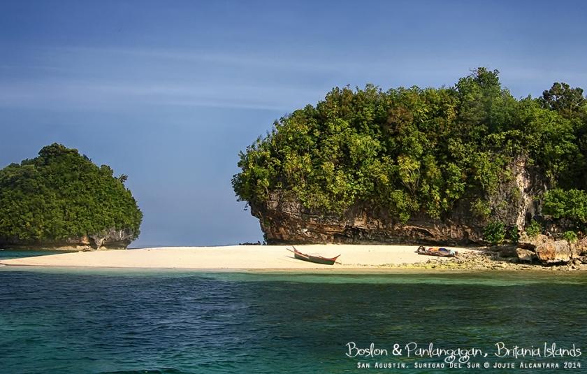 Boslon Britania Islands Surigao del Sur © Jojie Alcantara