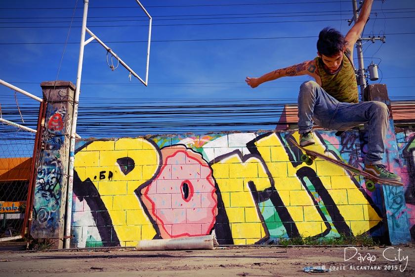 Street art and artist, Davao City © Jojie Alcantara 2015