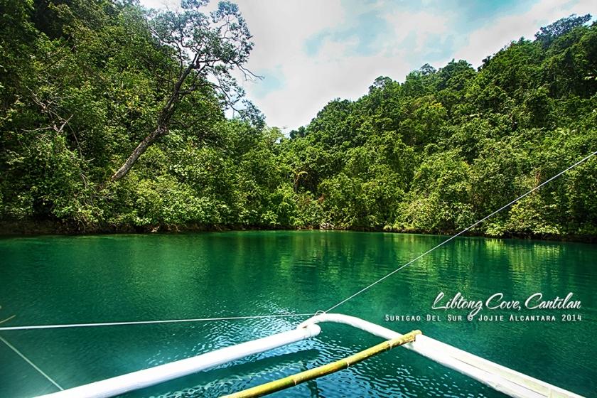 Libtong Cove, Cantilan © Jojie Alcantara