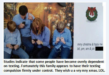 texting-family-photo-gn