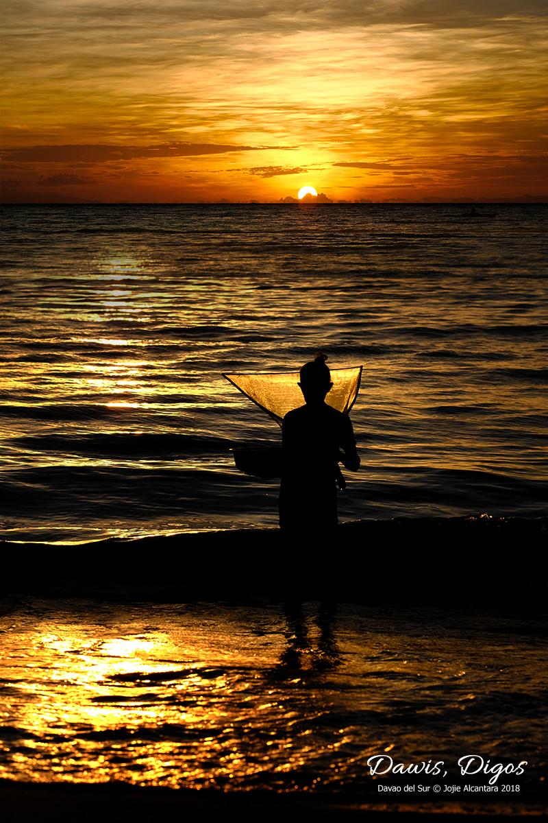 Sunrise in Dawis © Jojie Alcantara